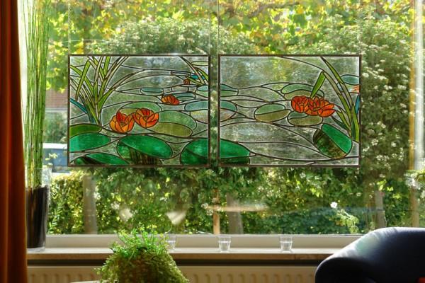 Glas in lood voor het raam